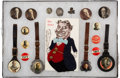 Political:Pinback Buttons (1896-present), William Howard Taft: Buttons, Fobs and Postcard. ...
