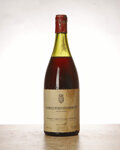 Red Burgundy, Chambolle Musigny 1966 . Les Amoureuses, Comte de Vogue . 6cm, wasl, cuc to show cork branding, excellent color. Magnum ... (Total: 1 Mag. )