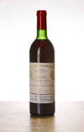 Red Bordeaux, Chateau Cheval Blanc 1982 . St. Emilion . ts, bsl. Bottle (1). ... (Total: 1 Btl. )