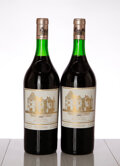 Red Bordeaux, Chateau Haut Brion 1982 . Pessac-Leognan . 1nl. Magnum (2). ... (Total: 2 Mags. )