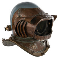 """Hero """"Nautilus"""" crewman """"baldy style"""" dive helmet from 20,000 Leagues Under the Sea"""
