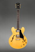 Musical Instruments:Electric Guitars, 1959 Gibson ES-335 Natural Semi-Hollow Body Electric Guitar, Serial #A32235.. ...