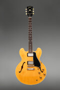 Musical Instruments:Electric Guitars, 1960 Gibson ES-335 Natural Semi-Hollow Body Electric Guitar, Serial #A34122.. ...