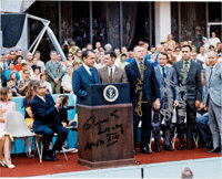 Apollo 13: Presidential Medal of Freedom Presentation Color Photo Signed by Lunney, Kranz, Griffin, and Windler