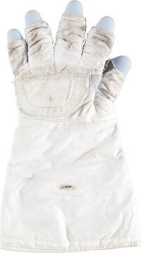 Space Shuttle: NASA Spacesuit Thermal Micrometeoroid Garment Glove Assembly, Left Hand, with ILC Tag