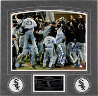 2005 Chicago White Sox Team Signed Photograph, Numbered to Only 30!