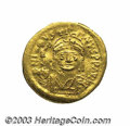 Ancients:Byzantine, Ancients: Justin II. A.D. 565-578. AV solidus (20 mm, 4.48 g).Constantinople. Diademed, helmeted and cuirassed bust facing,holding V...