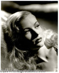 Autographs, Veronica Lake Stunning 11 x 14 Photograph