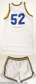 Autographs, Blue Chips Shaquille O' Neal Worn Basketball Outfit