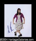 Autographs, Sara Rue Signed 8 x 10 Photograph