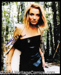 Autographs, Cameron Diaz Signed 8 x 10 Photograph