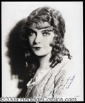 Autographs, Lillian Gish Signed 8 x 10 Photograph