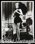 Autographs, Lana Turner Attractive Signed Photo