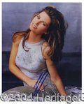 Autographs, Shania Twain Attractive Signed 8 x 10 Photo
