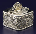 Silver Smalls:Other , AN AMERICAN SILVER TRAVELING INKWELL. Gorham Manufacturing Company,Providence, Rhode Island, 1914. Marks: (lion-anchor-G), ...