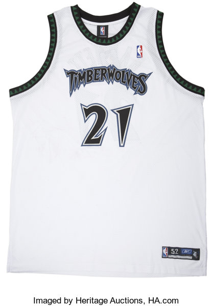 buy popular 4c82f dcd62 Kevin Garnett Signed Jersey UDA. A perennial All-Star while ...