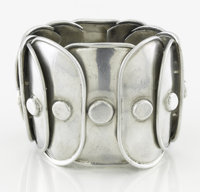 A MEXICAN SILVER BRACELET Héctor Aguilar, circa 1945 Marks: HA, STERLING, MADE IN MEXICO 7-1/2 in