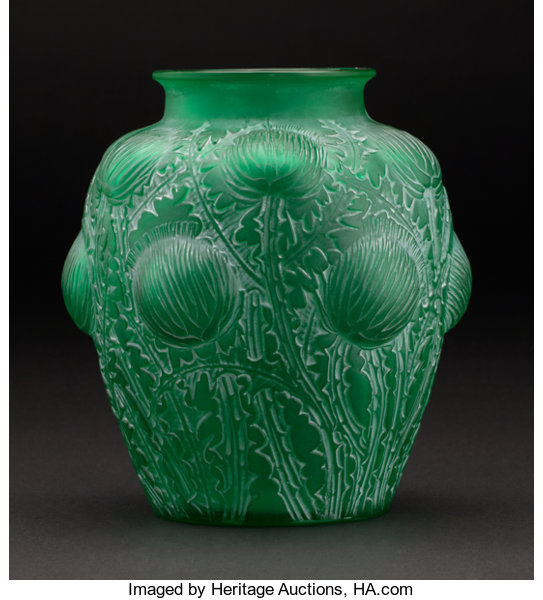 R Lalique Domremy A Green Glass Vase With White Lot 75064