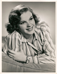 "Judy Garland in ""Strike Up the Band"" (MGM, 1940). Portrait (10"" X 13"")"