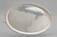 A MEXICAN SILVER TRAY Unidentified maker, probably Taxco, Mexico, circa 1960 Marks: MAP 925 STERLING HECHO E