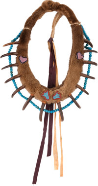 A PLAINS/PRAIRIE GRIZZLY BEAR CLAW NECKLACE c. 1900