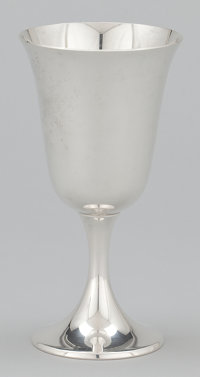 A SET OF EIGHT AMERICAN SILVER GOBLETS Gorham Manufacturing Co., Providence, Rhode Island, circa 1950 Marks: <