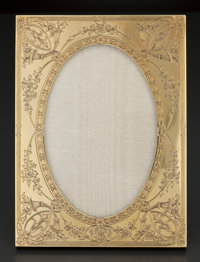 AN AMERICAN GOLD ENGRAVED PICTURE FRAME Theodore B. Starr, New York, New York, circa 1900 Marks: THEODORE B