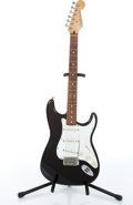 Musical Instruments:Electric Guitars, 1998 Fender Stratocaster Black Electric Guitar #MN8286208....