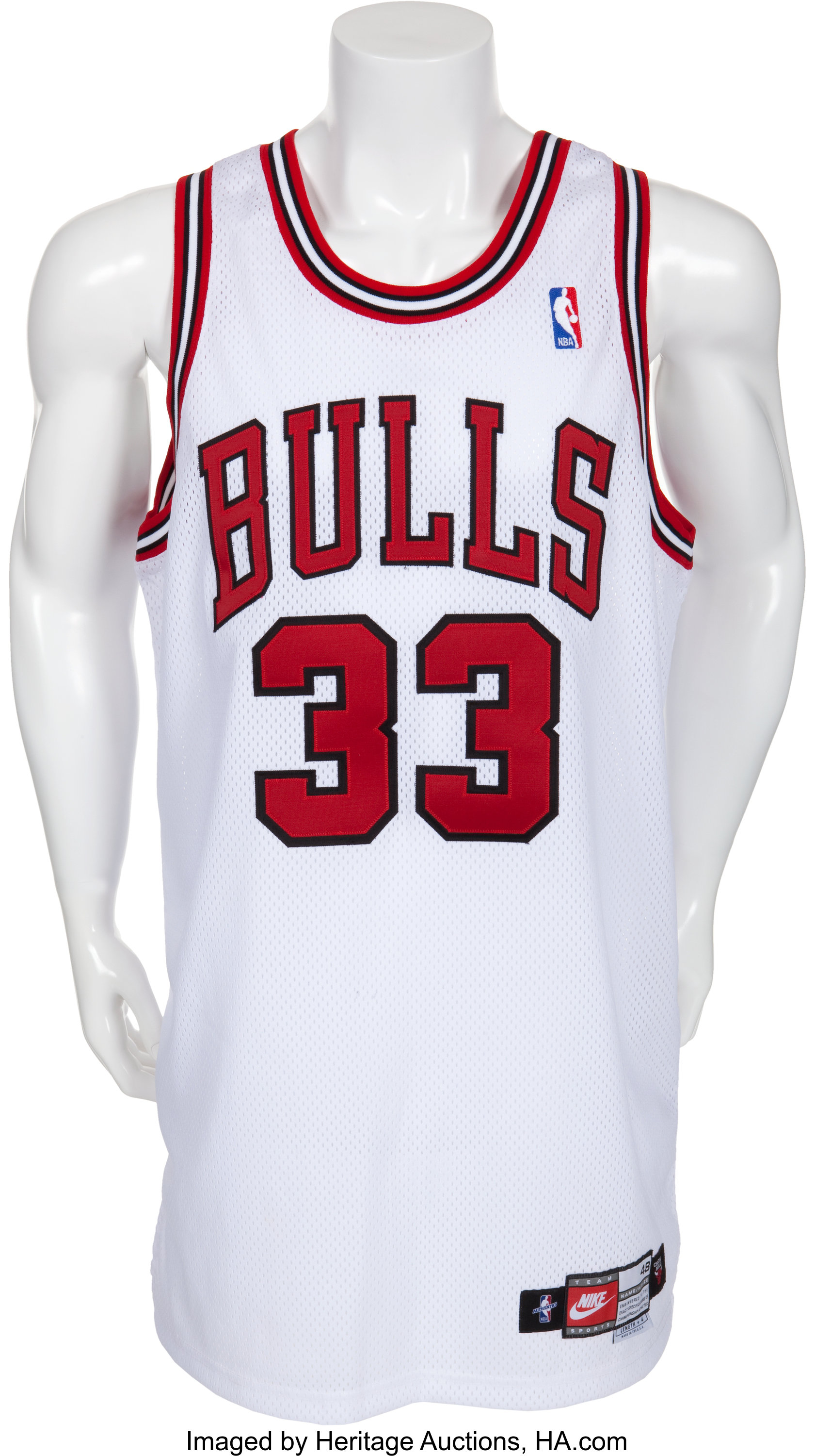 pretty nice 4d906 ffc10 1997-98 Scottie Pippen Game Worn Chicago Bulls Jersey ...