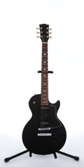 Musical Instruments:Electric Guitars, 2000 Gibson Les Paul Special Black Electric Guitar #00550559....