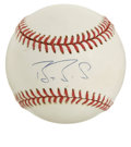 Autographs:Baseballs, Barry Bonds Single Signed Baseball. Holding the season major leaguerecord for home runs and closing in on the all-time rec...