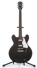Musical Instruments:Electric Guitars, 2003 Gibson ESOT 335 Black Archtop Electric Guitar #01473787....