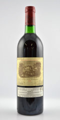 Red Bordeaux, Chateau Lafite Rothschild 1982 . Pauillac. bn, lnl, lcc.Bottle (1). ... (Total: 1 Btl. )