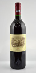 Red Bordeaux, Chateau Lafite Rothschild 2001 . Pauillac. owc. Bottle (12).... (Total: 12 Btls. )