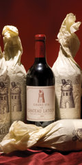 Red Bordeaux, Chateau Latour 2001 . Pauillac. 2lbsl. Bottle (12). ... (Total: 12 Btls. )