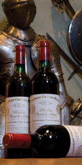 Red Bordeaux, Chateau Cheval Blanc 1982 . St. Emilion. 4bn. Bottle (12).... (Total: 12 Btls. )