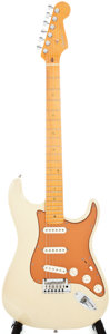Musical Instruments:Electric Guitars, 2004 Fender USA Deluxe Stratocaster Blonde Solid Body ElectricGuitar, #DZ4002231....