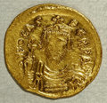 Ancients:Byzantine, Ancients: Phocas. 602-610. AV solidus (21 mm, 4.44 g).Constantinople, 607-610. Crowned facing bust, holding globuscruciger / Victory...