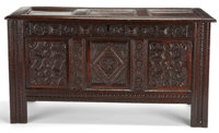 RENAISSANCE REVIVAL CARVED WOOD COFFER England, 19th century 29-1/4 x 54-3/4 x 23-1/4 inches (74.3 x 139.1 x 5