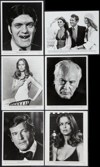 "The Spy Who Loved Me (United Artists, 1977). Photos (18) (8"" X 10"") and Press Kit Pages (multiple, 8.5"" x..."