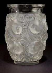R. LALIQUE CLEAR AND FROSTED GLASS BAGATELLE VASE Circa 1950 Stenciled: La