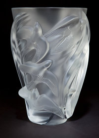 LALIQUE CLEAR AND FROSTED GLASS BIRD VASE Circa 2000 Engraved: Lalique, France 9-3/4 inches hig