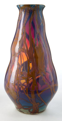 TIFFANY STUDIOS FAVRILE GLASS VASE Art Nouveau Favrile glass vase internally decorated with multi-colored pattern
