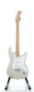 Musical Instruments:Electric Guitars, 1996 Fender Stratocaster USA Inca Silver Solid Body ElectricGuitar, Serial #N6195673....