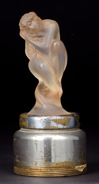 R. LALIQUE OPALESCENT GLASS SIRENE MASCOT WITH SEPIA PATINA ON ORIGINAL BREVES BASE
