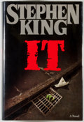 Books:Horror & Supernatural, Stephen King. It. [New York]: Viking, [1986]. First edition.Octavo. 1138 pages. Publisher's binding, dust jacke...
