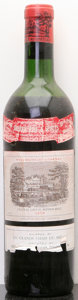 Red Bordeaux, Chateau Lafite Rothschild 1959 . Pauillac. ms, lbsl,excellent color. Bottle (1). ... (Total: 1 Btl. )