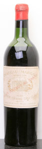 Red Bordeaux, Chateau Margaux 1945 . Margaux. ms, bsl, lnl. Bottle (1).... (Total: 1 Btl. )