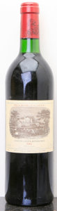 Red Bordeaux, Chateau Lafite Rothschild 1982 . Pauillac. lscl. Bottle (1). ... (Total: 1 Btl. )