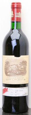 Chateau Lafite Rothschild 1986 Pauillac tl, writing on label Bottle (1)